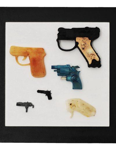 Revolver cm 40 x 40 Plastica dal Mare 2012