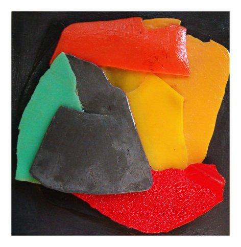 Un Caldo Abbraccio cm 30 x 30 Plastica dal Mare 2007